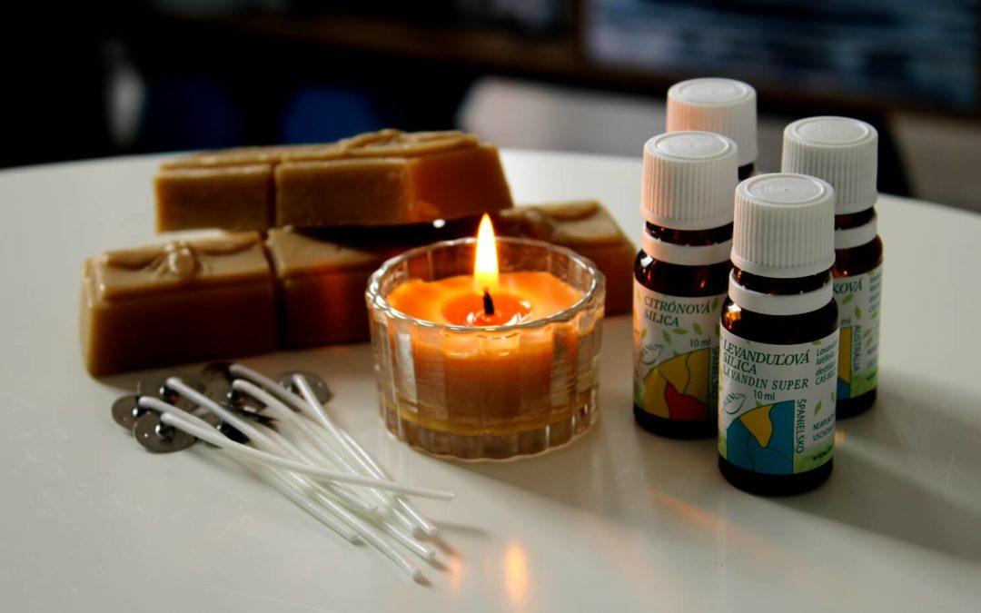 Domáce sviečky z včelieho vosku