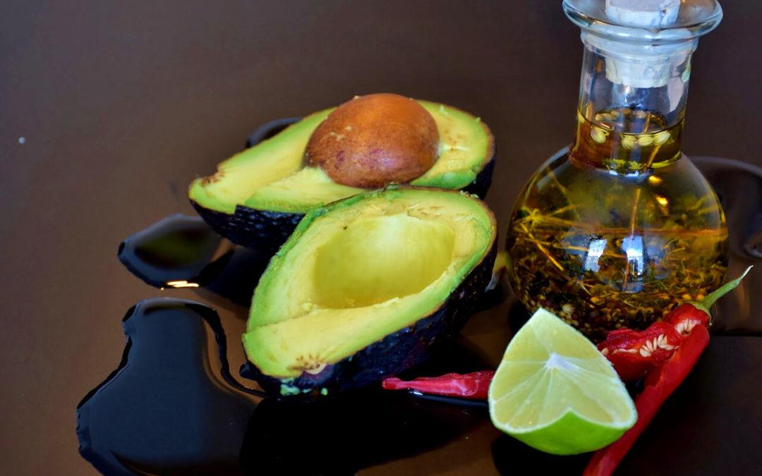 Vyskúšajte dressingy so zdravým avokádovým olejom