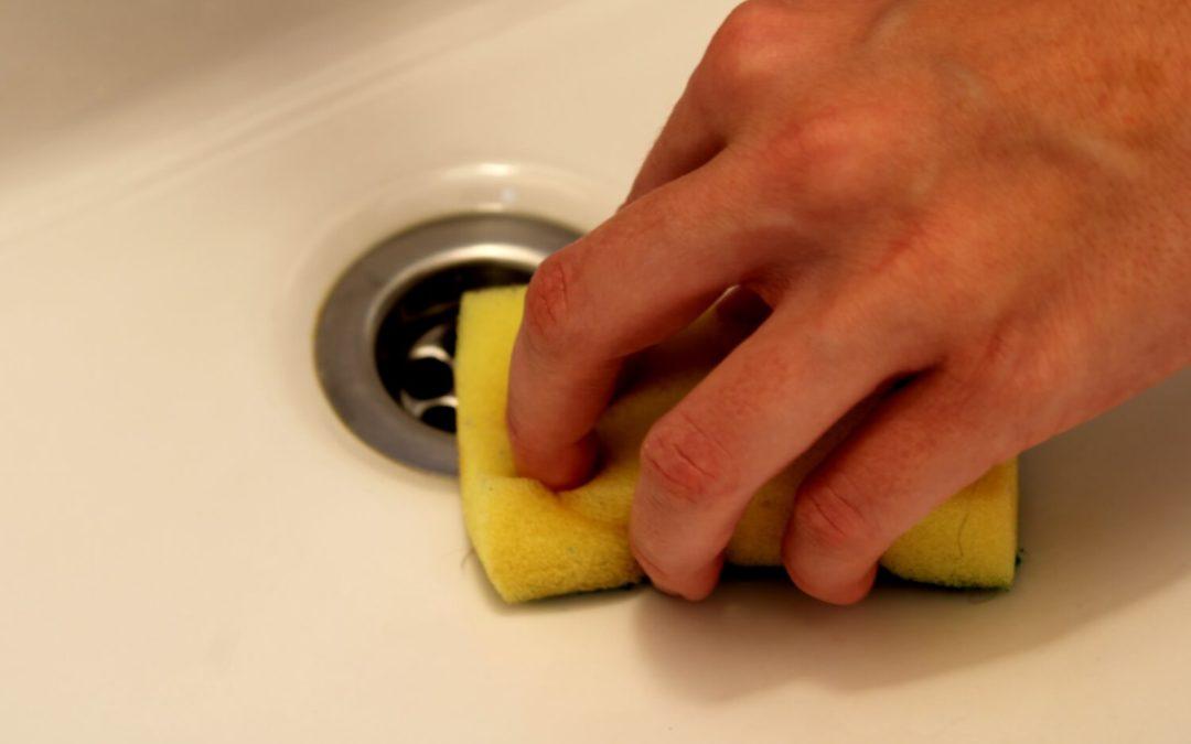 Domáci čistiaci prostriedok do kúpeľne